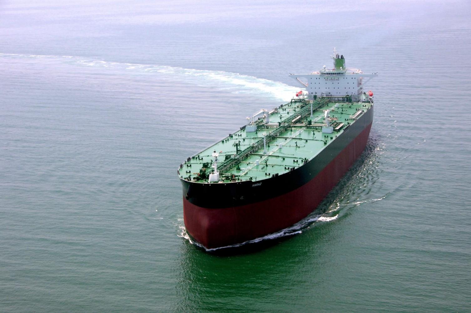 تایم لپس زیبای جدا شدن کشتی نفتکش ایرانی از SPM