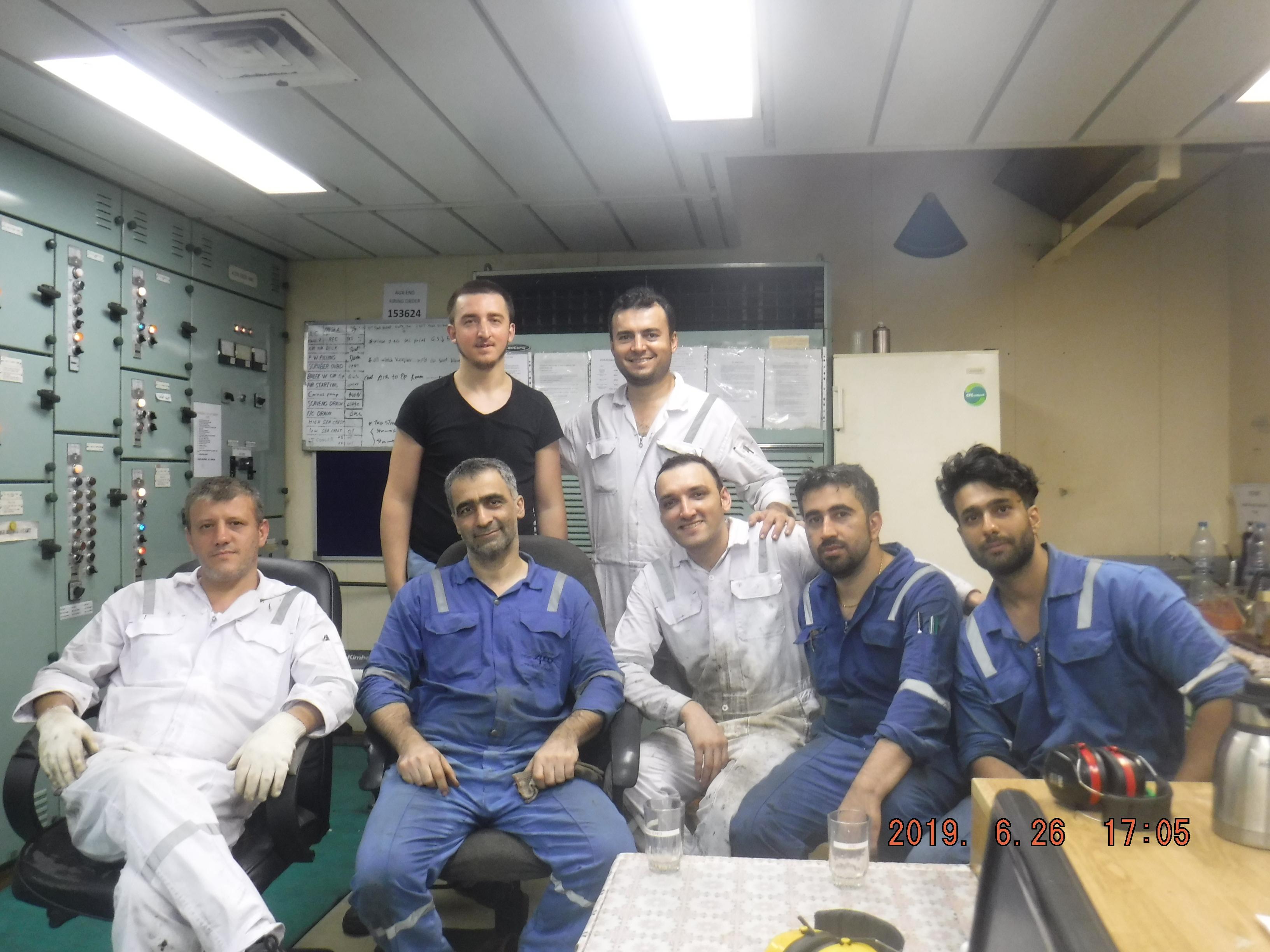 مهندسین کشتی marine engineer